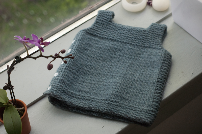Knitted Baby Vest Pattern : TODDLER VEST PATTERNS   Free Patterns