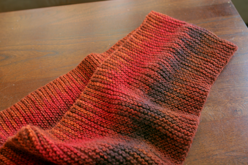 Reversible Knitting Stitches In The Round : intentional pooling   indigorchid