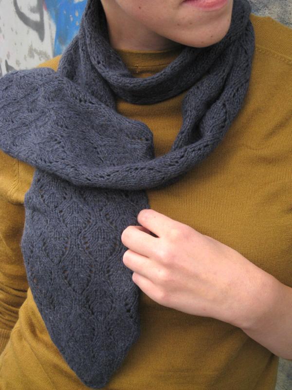 Free pattern: Elvish LeavesScarf